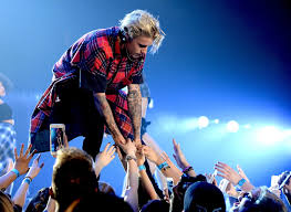 justin bieber u0027s purpose tour is using custom fear of god clothes