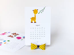 How To Make Your Own Desk Calendar 2018 Printable Desk Calendar Diy Animal Calendar Illustrated