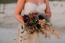 wedding flowers cape town combining fresh and materials for wedding flowers epanouir