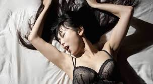 dengan cara ini dijamin bikin wanita kelepek kelepek di ranjang