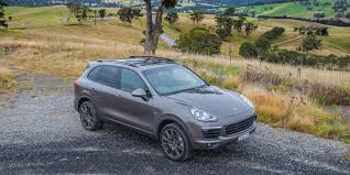 Porsche Cayenne Umber Metallic - blue booming red rising car colour trends of 2015 16