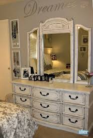 Bedroom Dresser With Mirror by Best 25 White Dresser With Mirror Ideas On Pinterest Neutral