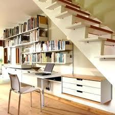 am駭agement bureau sous escalier bureau sous escalier amenagement rangement pente office comment