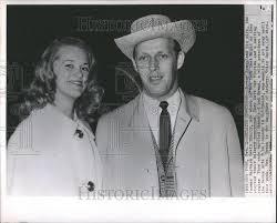1964 press photo jeremy hyman barbara davis sherry honeymoon new