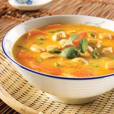 recette cuisine thailandaise traditionnelle soupe thaïlandaise au poulet et coriandre recettes cuisine et