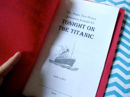 Adventures of Annie Aboard the Titanic Sturdy for mon Things