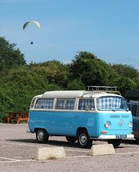 minivan volkswagen hippie a hippie with a minivan by buffy1487 on deviantart