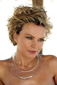 haircuts and hairstyles for curly hair 1045 best short curly hair images on pinterest hair cut short