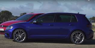 volkswagen gti blue 2017 2017 golf gti performance vs golf r has surprising acceleration
