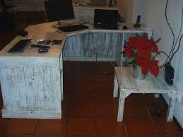 Build A Reception Desk Plans by Pallet Reception Desk And A Table 101 Pallets