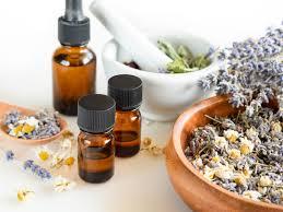 huile essentielle cuisine se soigner avec les huiles essentielles tout savoir sur l