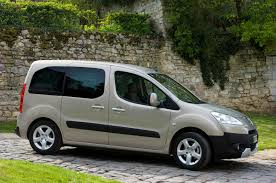 peugeot bipper tepee peugeot partner tepee estate review 2008 parkers