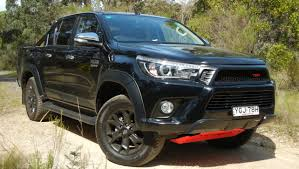 nissan navara 2017 sport nissan navara n sport black edition 2018 review carsguide