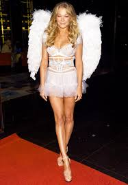 leann rimes dons wings as victoria u0027s secret angel for halloween