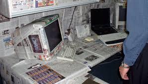 best office desk pranks http i12manage com pinterest