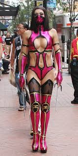adrianne curry images adrianne curry mileena from mortal kombat cosplay at comic con