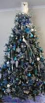 Blue And Brown Christmas Tree Decorations by Best 25 Owl Christmas Tree Ideas On Pinterest White Christmas