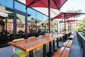 The Patio El Segundo Hopdoddy Brings Texas Burger Culture To El Segundo U0027s The Point