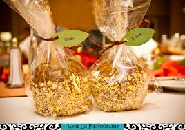 caramel apple party favors edible wedding party favors the wedding specialiststhe wedding