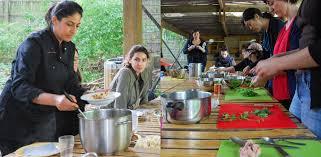 cours de cuisine indienne j ai testé le cours de cuisine indienne de chef sanjee à la villette