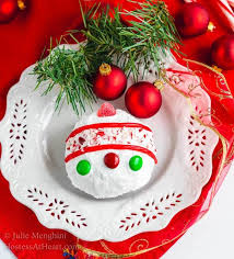 chocolate cake ornaments for the non cake decorator hostess at