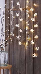 cool indoor christmas lights 31 gorgeous indoor décor ideas with christmas lights digsdigs