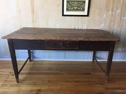 perfectly worn tuscan table seats 4 great for kitchen or desk