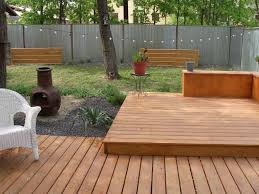 Small Backyard Fence Ideas Uncategorized Convex Wooden Backyard Fence Ideas Facing House