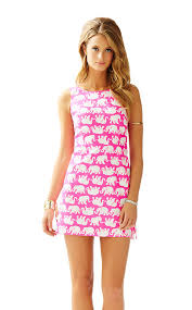 my luxefinds style guide lunch at lilly pulitzer gift with
