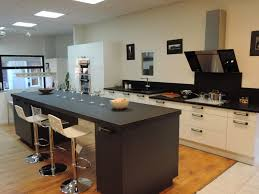 cuisine avec ilot table plan cuisine ilot conseils d architecte 3 plans de cuisine