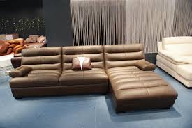 Modern L Sofa Furniture Brown Leather Sectional Sofa With Chaise Placed On