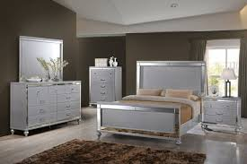 classic valentino 4 bedroom set in rustic