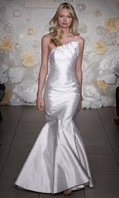 preowned wedding dresses uk alvina valenta av9954 700 size 10 used wedding dresses
