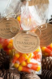 three ideas for your thanksgiving dinner gift favor