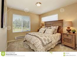 Schlafzimmer L Ten Schlafzimmer Mit Dunklen Möbeln übersicht Traum Schlafzimmer