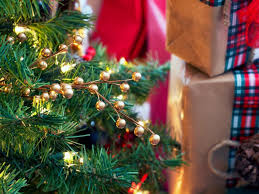 tree decorating ideas hgtv