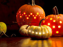 halloween wallpaper widescreen free screensavers download saversplanet com