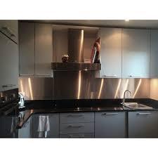 cuisine avec credence inox bespoke 304l stainless steel splashback