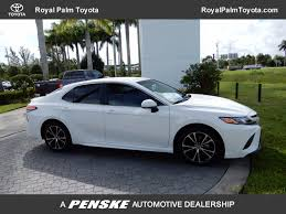 2018 new toyota camry se automatic at royal palm toyota serving