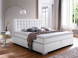 Esszimmer Modern Weiss Astonishing Schlafzimmer Modern Braun Boxspringbett Trsser