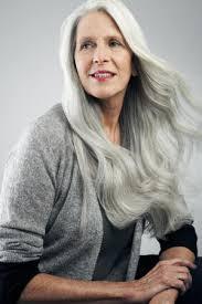 Frisuren Lange Wei゚e Haare by Graue Haare Forscher Suchen Mittel Gegen Das Ergrauen Forscher