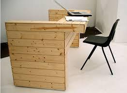 canap de bureau canapé lit et bureau 3 pièces de mobilier à 1meuble en palette