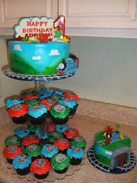thomas the train cake smash cake and cupcakes cakecentral com