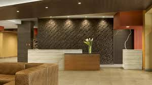 Accessible Reception Desk The Broadway Columbia Doubletree Hotel Amenities
