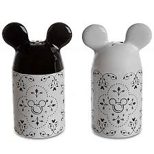 salt and pepper shakers your wdw store disney salt and pepper shakers gourmet mickey black