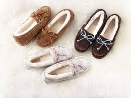 womens ugg flat shoes these ugg boots it s like a moccasin and a boot had a baby
