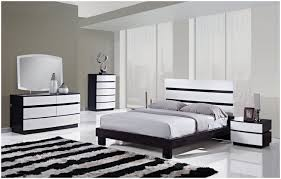 Antique White Chairs Bedroom White Wicker Bedroom Furniture For Sale Black And White