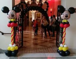 mickey mouse balloon arrangements mickey mouse balloon decorations ta florida yte events