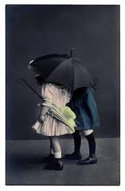 Clip Umbrella Vintage Clip Art Sweet Children With Umbrella The Graphics Fairy