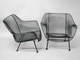 Woodard Wrought Iron Patio Furniture - pair wrought iron and mesh lounge chairs by russell woodard at 1stdibs
